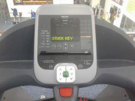 ошибка stuck key precor
